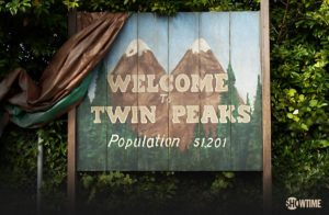 welcome-to-twin-peaks-new-sign